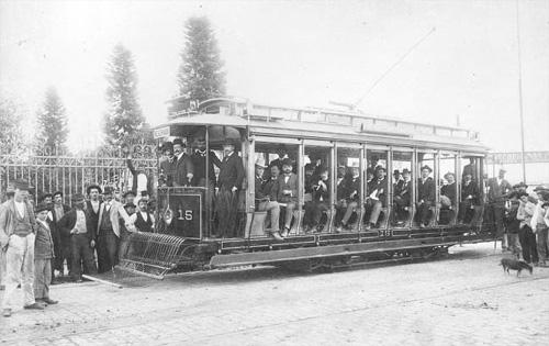 Inauguração da primeira linha de bonde para o Bom Retiro, em 12 de Maio de 1900