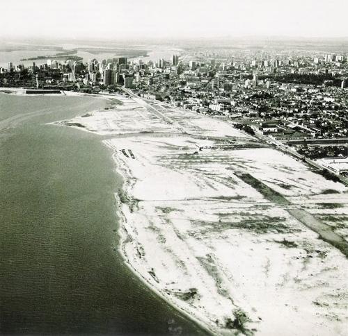 O aterro do Lago Guaíba em outubro de 1959