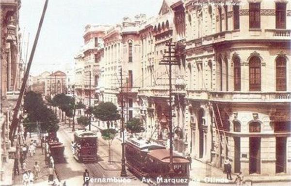 Avenida Marquês de Olinda (colorizada) no ano de 1930